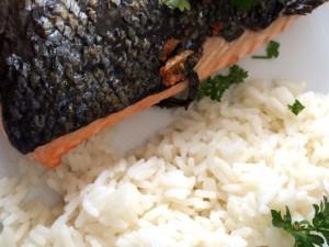 Seelachsfilet mit Reis und Petersilie