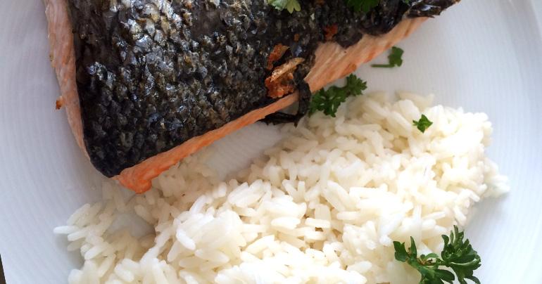 Rezept - Seelachsfilet mit Reis und Petersilie